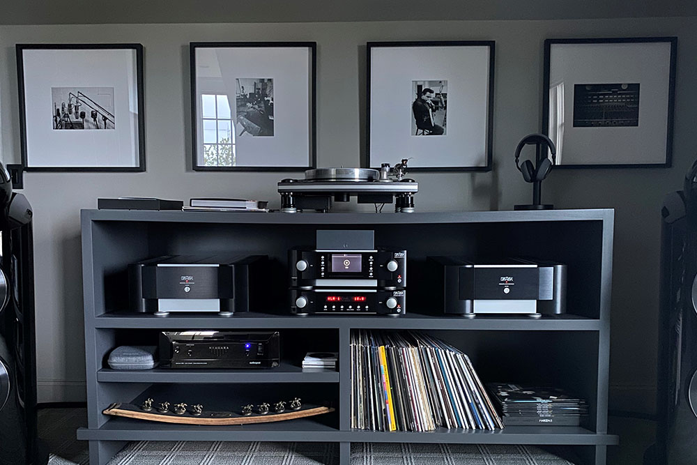 Twisted Pair rack with Mark Levinson components