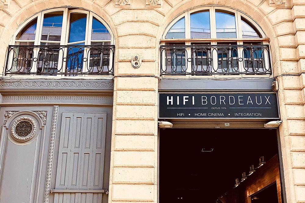 HiFi Bordeaux exterior