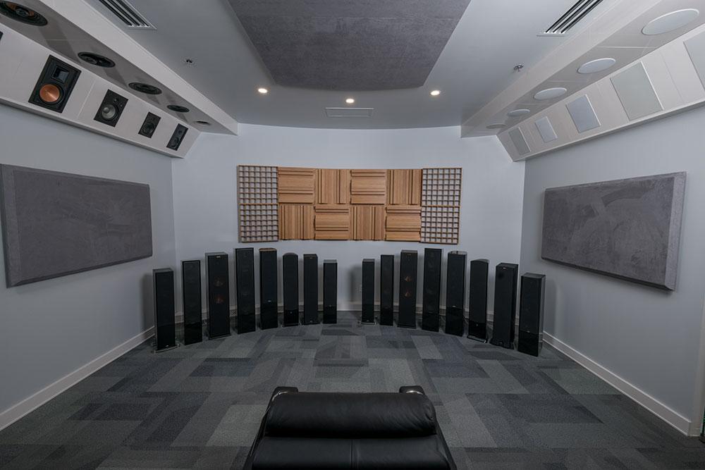 Starpower Speaker Room